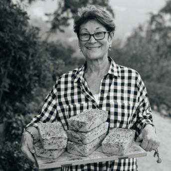 boice-family-cellar-team-joyce-boich-mom-chief-bread-maker-and-hostess