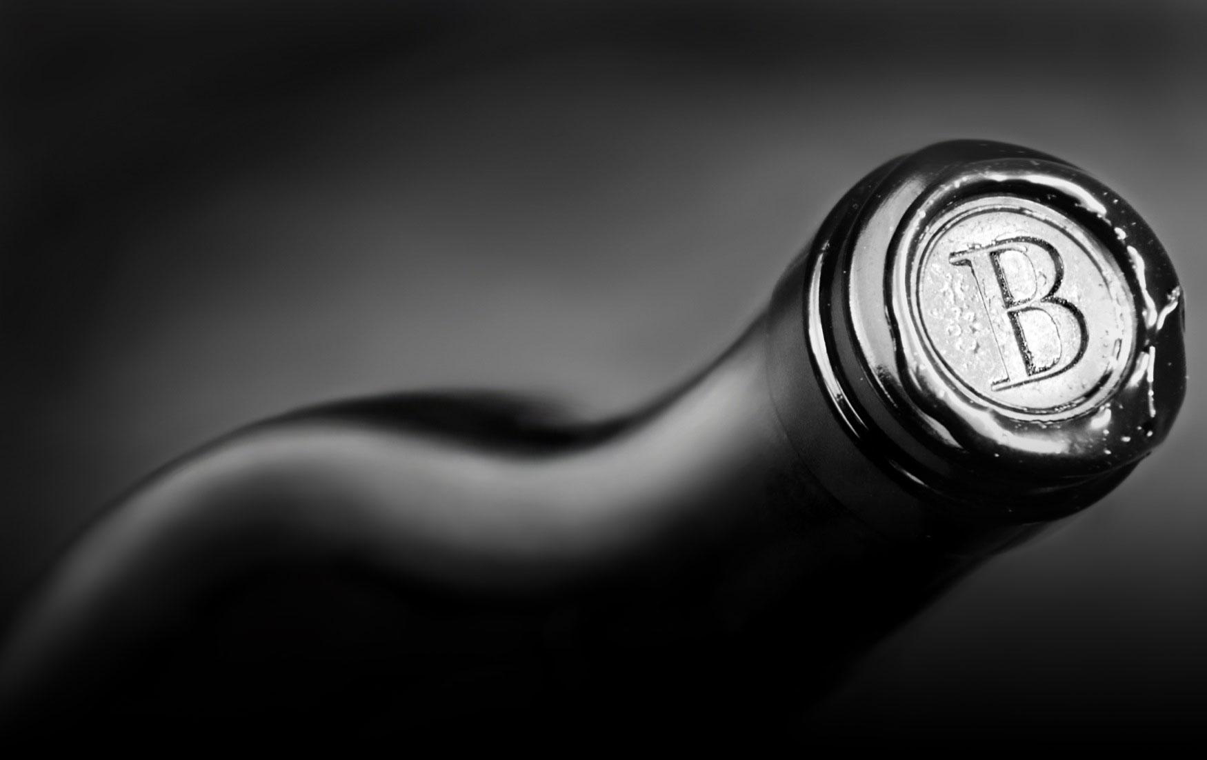 Boich Family Cellar bottle capsule close-up