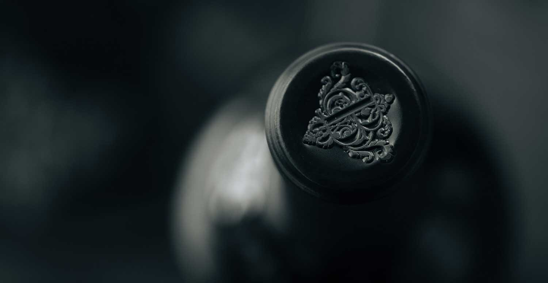Boich wine capsule close-up